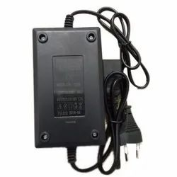 TN-1210 Sprayer Battery Charger