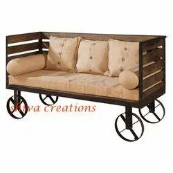 Shiva Rectangular Restaurant Style Industrial Vintage Sofa with Wheels, Size/Dimension: Standard