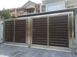 D & G Hinged Stainless Steel Gate, For Residential, Size: 16 X 6.8 Feet