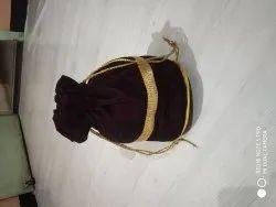 Hand Handled Chocolate Small Handbag, 100 Grms