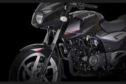 Bajaj Pulsar RS 200 Motorcycle, Bajaj Motorcycles | Bandra